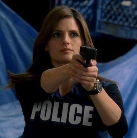 New York Police Detective Kate Beckett (Stana Katic). Screenshot from Castle (ABC, 2009-2016.
